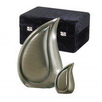 Tear Shaped Urns (2 Sizes and 5 Colors)