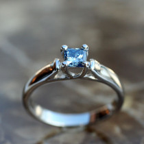 Trellis Ring for Princess Cut Diamond
