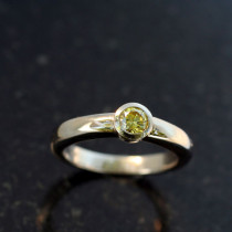 Round Cut Bezel Set Ring