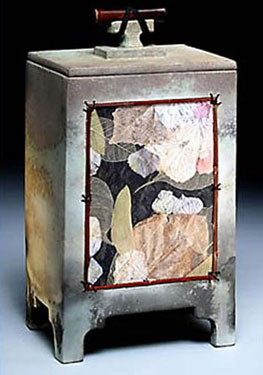 Ceramic Urn Information