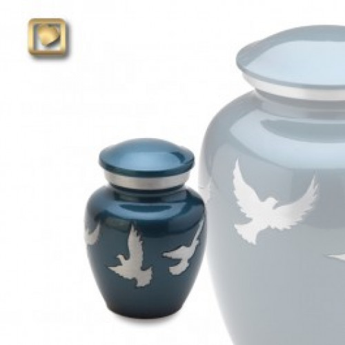 Keepsake Flying Doves Cremation Urn for Ashes