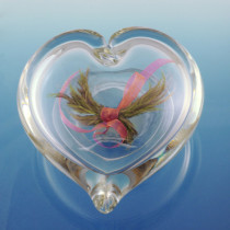 Embracing Heart (2 Sizes and 6 Colors)