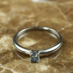 4-Prong Solitaire Ring for Princess Cut