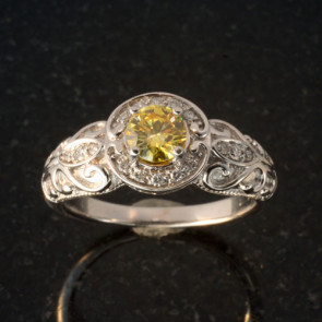 Vintage Style Ring for Round Cut